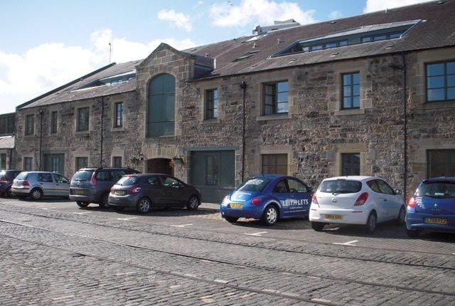 2 bed flat for rent 144 commercial street leith eh6 for 12 regent terrace edinburgh