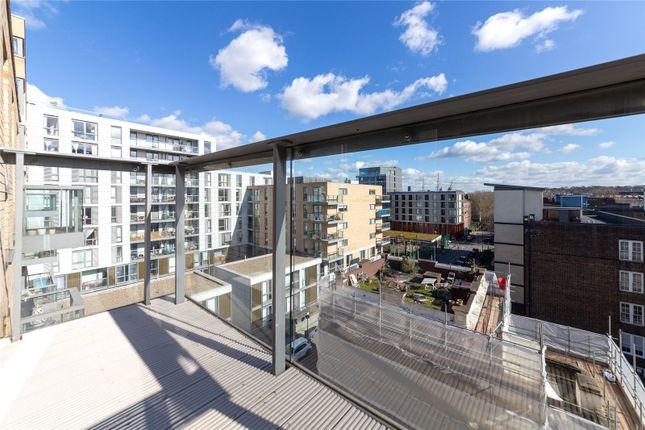 Balcony of Hargood House, 7 Norway Street, Greenwich, London SE10