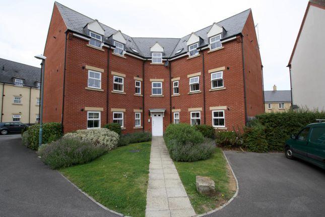 Thumbnail Property to rent in Deans Court, Deans Lea, Cheltenham