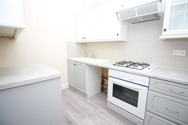 Kitchen of Glen Avenue, Port Glasgow PA14