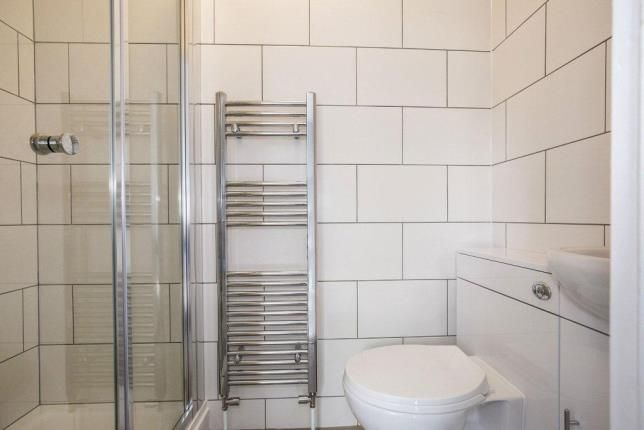 Ensuite of London Road, Cheltenham, Gloucestershire GL52