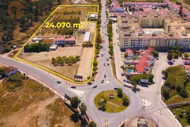 Land for sale in Monte Gordo, Vila Real De Santo António, Faro
