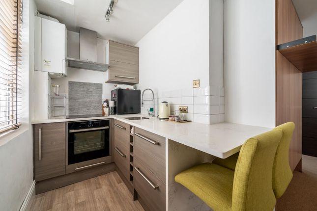 Studio for sale in Cambridge Street, Pimlico SW1V