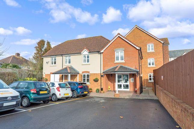 Thumbnail Flat for sale in Kings Court, Fordingbridge
