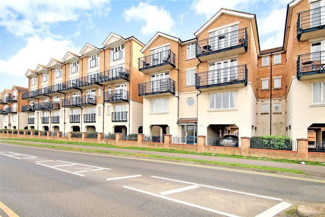 1 bed flat for sale in Horatio Place, Fennel Close, Rochester, Kent ME1