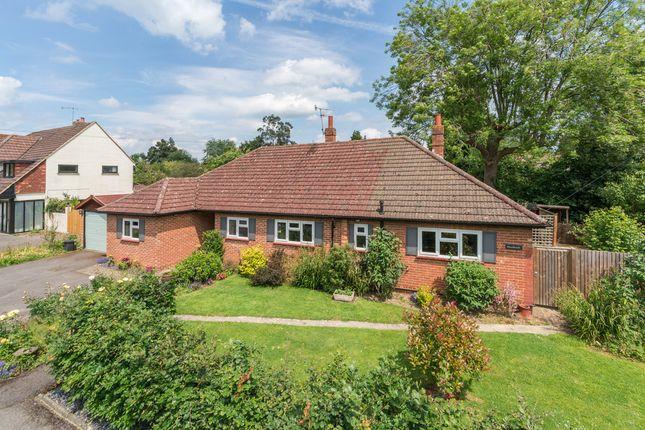 Thumbnail Detached house for sale in Mead Road, Edenbridge