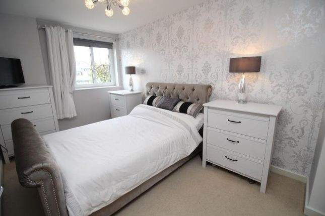 Thumbnail Flat to rent in River Walk, Penarth
