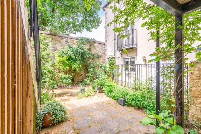 Thumbnail Town house to rent in Lambert Mews, Stamford