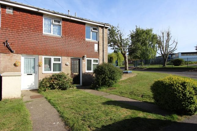 Thumbnail Flat to rent in Owen Square, Deal