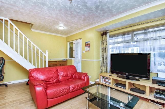 Lounge of Kent Road, Grays RM17