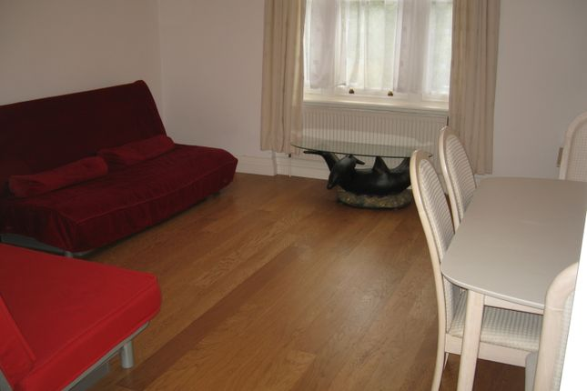 Thumbnail Flat to rent in Verty Near Inglis Road Area, Ealing Common