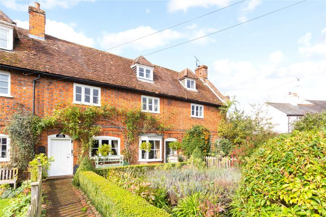 Thumbnail Terraced house for sale in St. Albans Road, Codicote, Hertfordshire