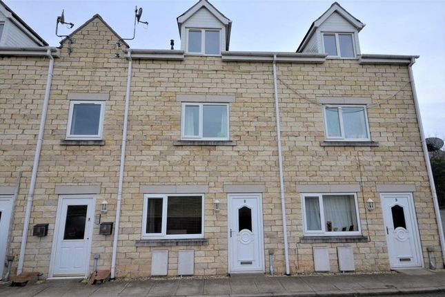 2 bed town house to rent in Field View, Micklefield, Leeds