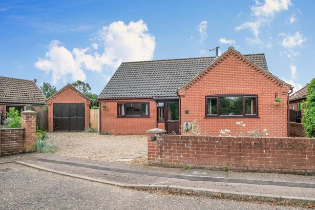 Thumbnail Detached bungalow for sale in Randell Close, North Walsham
