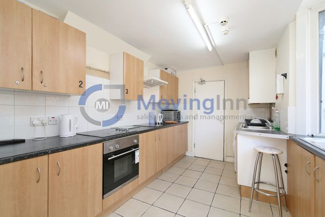 Room to rent in Woodside Avenue, South Norwood SE25