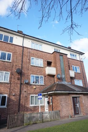 Maisonette for sale in Bearwood Road, Bearwood