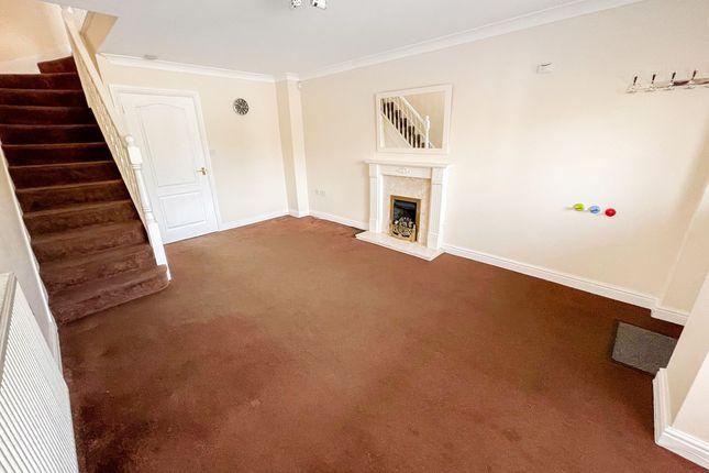 Thumbnail Terraced house to rent in Halesowen Road, Cradley Heath