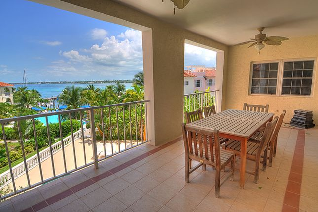 Apartment for sale in Paradise Harbour Club, Paradise Island, The Bahamas