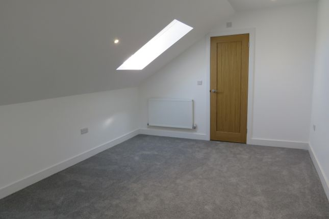 Bedroom 1 of Cornwall Avenue, Peacehaven BN10
