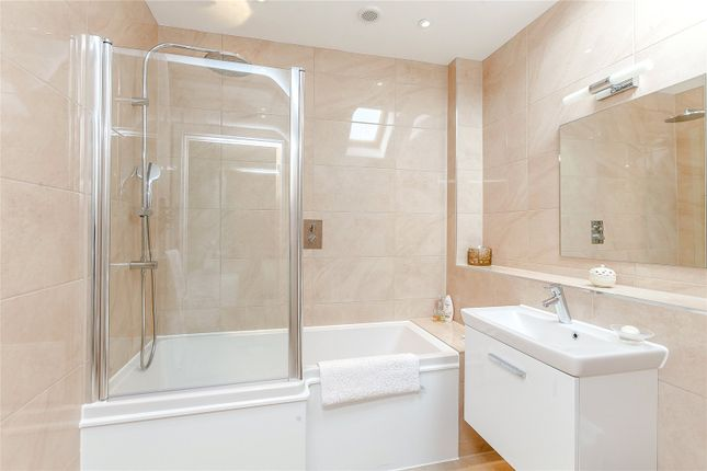 Bathroom of Shepherds Green, Rotherfield Greys, Oxfordshire RG9