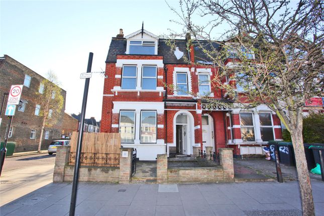 Thumbnail End terrace house to rent in Green Lanes, Harringay, London