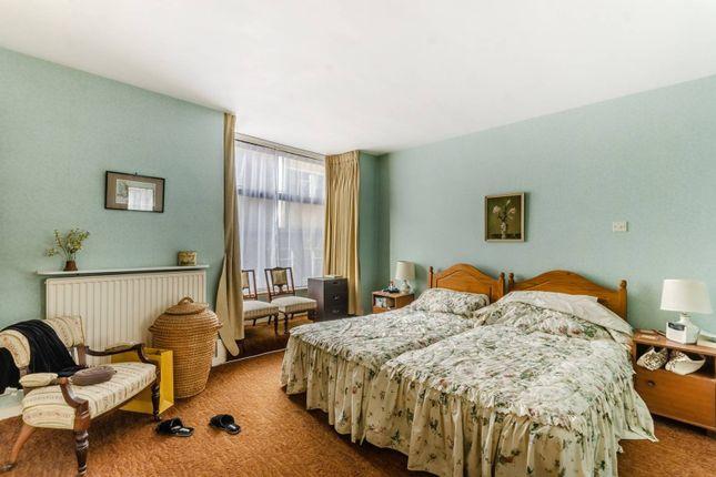 1 bed flat for sale in Ridgmount Street, Bloomsbury, London WC1E
