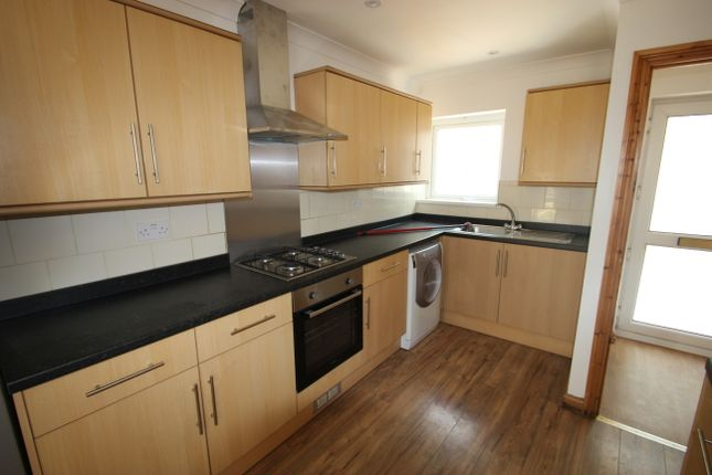 Thumbnail Room to rent in Room 2, Templeton Ave, Cardiff