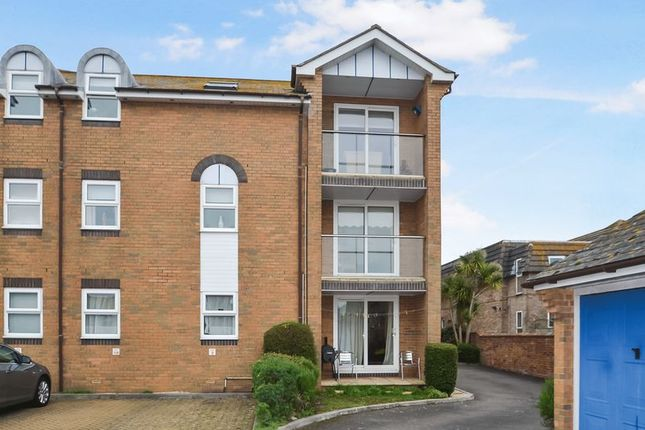 Thumbnail Flat for sale in Upper Floor Apartment, Compton Lodge, Dorchester Road, Weymouth