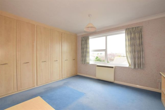 Thumbnail Flat for sale in Boundary Road, Worthing, West Sussex