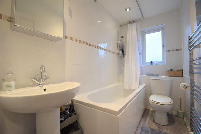 Bathroom of Little Oaks, Penryn TR10