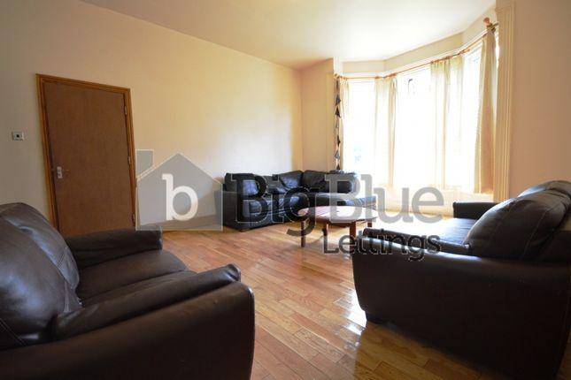 Thumbnail Property to rent in 26 Kensington Terrace, Hyde Park, Ten Bed, Leeds