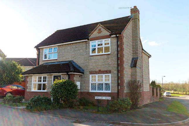 Thumbnail Detached house for sale in Valley View, Calne
