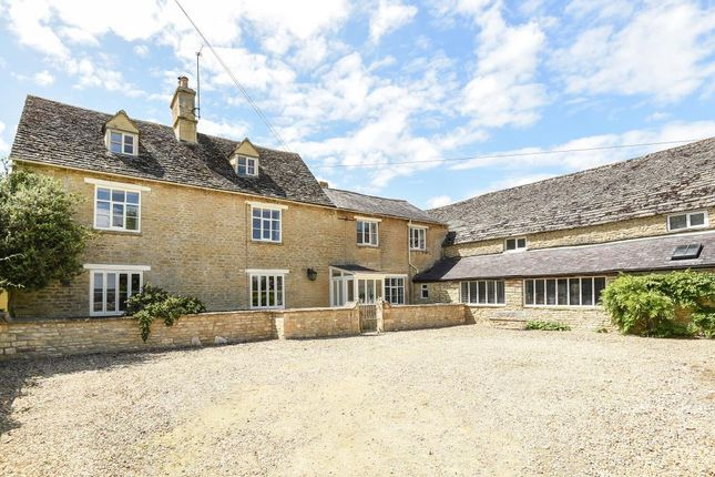 5 bed semi-detached house for sale in Station Road, Brize Norton