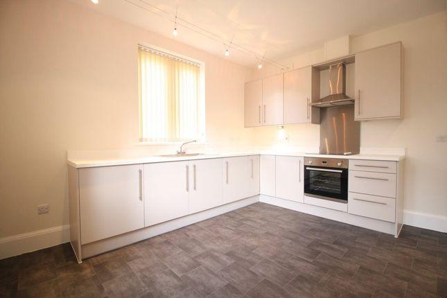 Thumbnail Flat to rent in Leighton Park, Shrewsbury, Shropshire