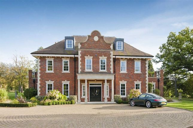 Thumbnail Detached house for sale in Leggatts Park, Potters Bar, Hertfordshire
