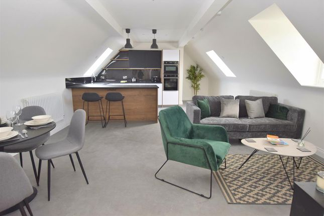 Thumbnail Flat for sale in Kings Crescent, Strutts Park, Derby