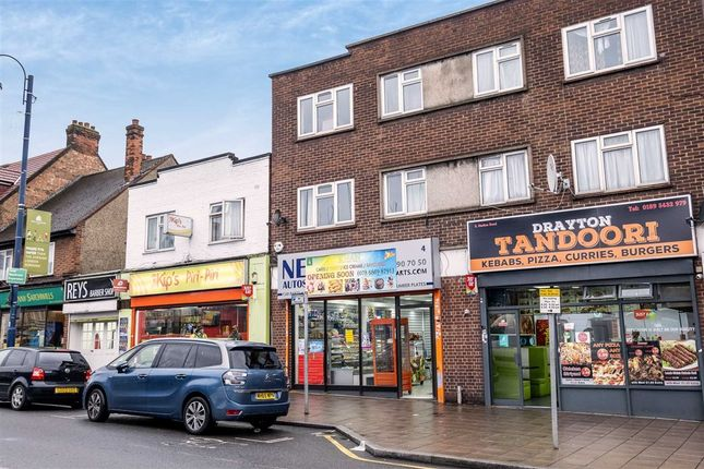 Thumbnail Flat to rent in Station Road, West Drayton, Middlesex