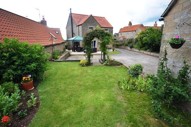 Thumbnail Cottage for sale in Main Street, Sawdon, Scarborough