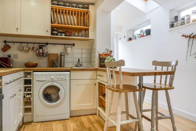 Kitchen of Ivy Road, Southampton SO17
