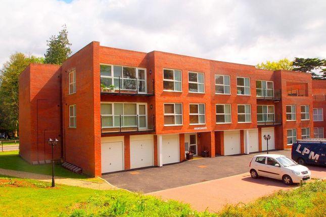 Thumbnail Flat to rent in St. Crispin Drive, Northampton