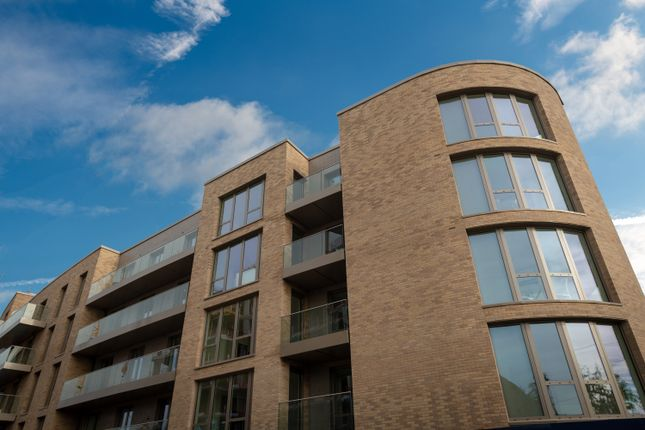 Thumbnail Flat for sale in Bentnick Road, West Drayton
