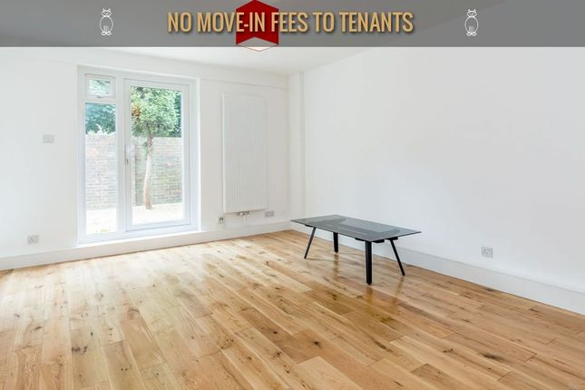 Thumbnail Town house to rent in Tomlins Walk, London