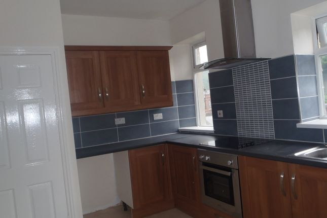 Thumbnail Terraced house to rent in Commercial Road, Llanhilleth