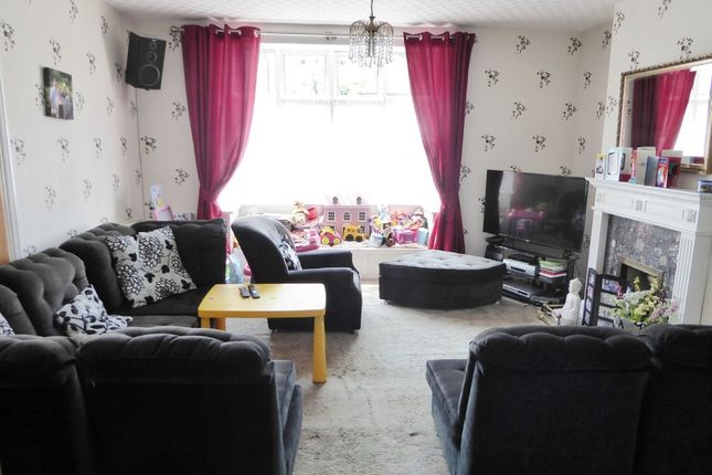 Thumbnail Terraced house for sale in Island Road, Tooting Borders