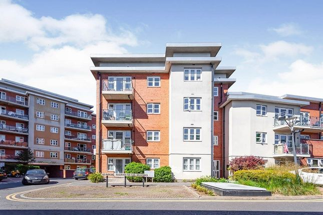 Thumbnail Flat to rent in Stanley Road, Harrow