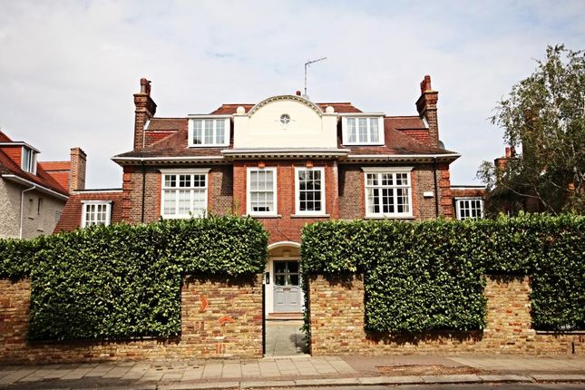 Thumbnail Flat for sale in Chartfield Avenue, London