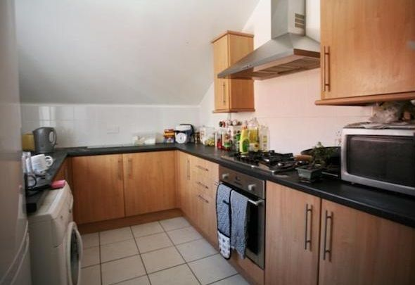 Thumbnail Maisonette to rent in Kelvin Grove, Sandyford