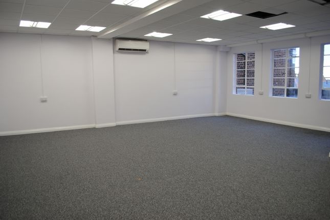 Thumbnail Retail premises to let in Essex House, Station Road, Upminster