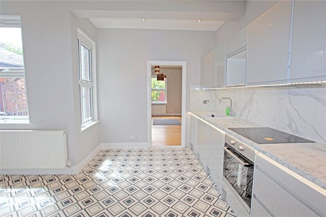 Thumbnail Flat to rent in Hawke Park Road, London
