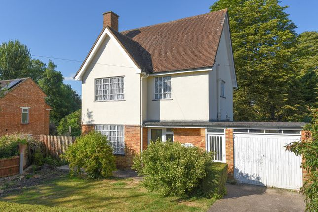 Thumbnail Detached house for sale in Fairway, Princes Risborough